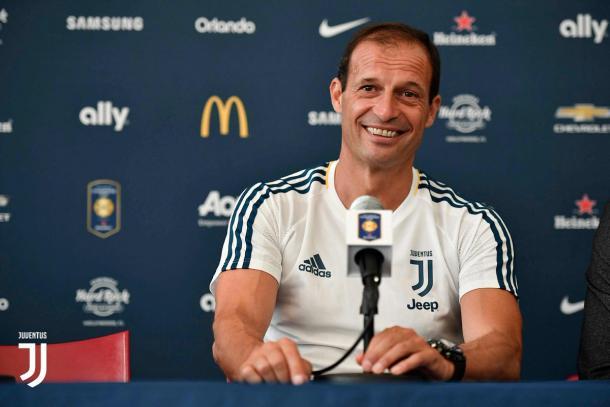 Il tecnico dei bianconeri Massimiliano Allegri in conferenza stampa. Foto: Twitter