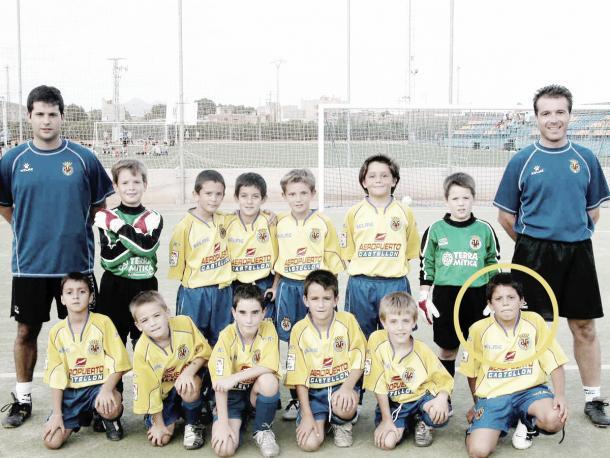 Pablo Fornals ainda criança atuando pelas divisões de base do Villarreal   Foto: Divulgação/Villarreal CF
