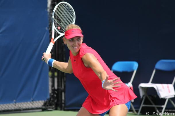Elena Vesnina in action at the Rogers Cup | Photo: Max Gao / VAVEL USA Tennis