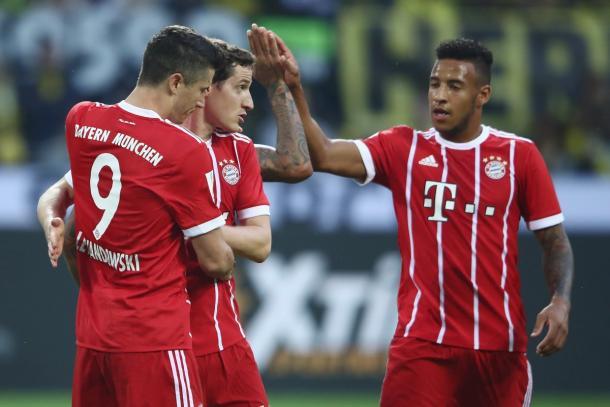 Festeggia il Bayern dopo il gol dell'1-1. | Fonte immagine: Twitter @FCBayern