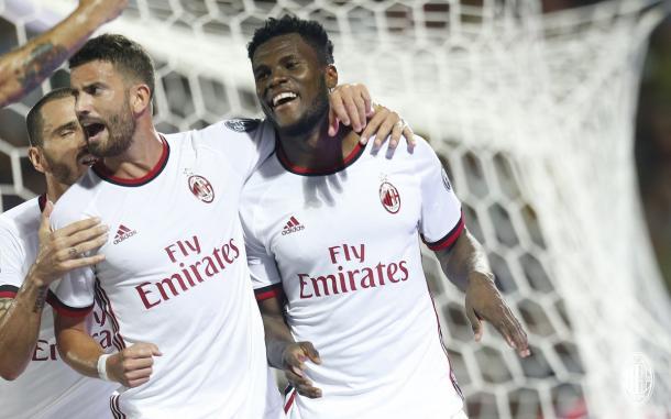 El Milan celebra uno de los goles   Foto: AC Milan