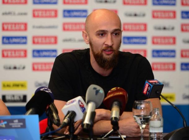 Dibirov durante la rueda de prensa. Foto: HC Vardar