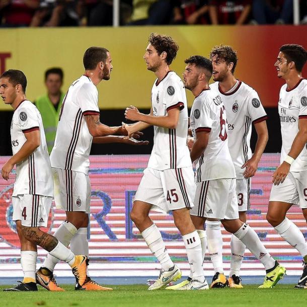 Il Milan nella trasferta contro lo Shkendija. | Fonte: twitter.com/bonucci_leo19