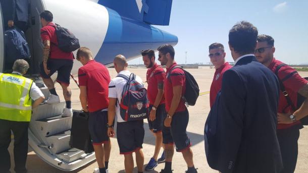 La partenza per Milano del Cagliari. | Fonte: twitter.com/cagliaricalcio