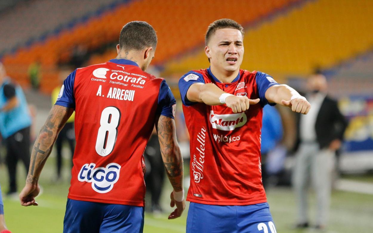 Juan Pablo Gallego festeja su gol con el DIM | Foto: Dimayor