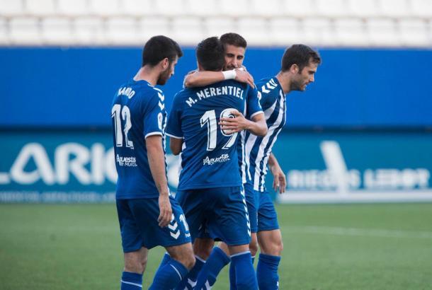 Merentiel y sus compañeros celebrando el gol de Ojeda | Foto: Lorca FC