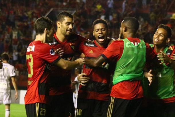 André marca terceiro gol rubro-negro e sacramenta reencontro leonino com as vitórias (Foto: Williams Aguiar/Sport)