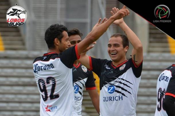 Lobos Premier festejando un gol ante Irapuato I Foto: Club Lobos BUAP