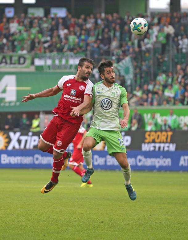 Solo dos puntos separan al Wolfsburg del Mainz 05 | Foto: @mainz05_es