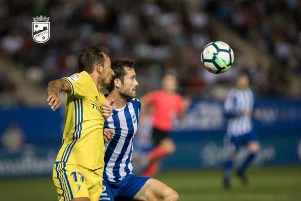 Aitor no realizó una buena participación | Foto. Lorca FC