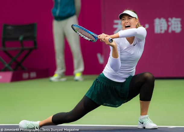 Maria Sharapova in action at the Tianjin Open | Photo: Jimmie48 Tennis Photography