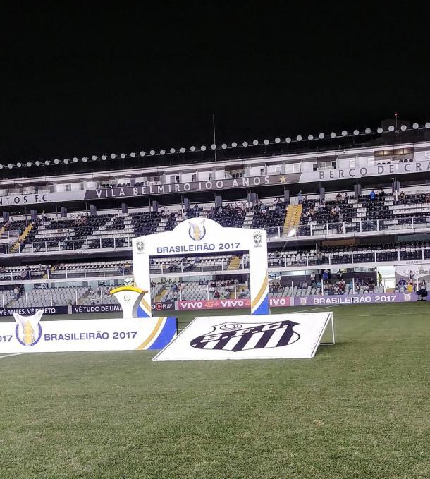 Vila Belmiro neste instante. Divulgação: Twitter oficial Santos Futebol Clube