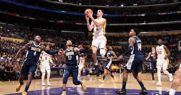 Lonzo Ball fez o segundo triplo-duplo da carreira (Foto: Divulgação/NBA)