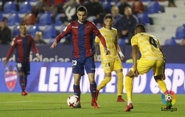Jugadores del Levante y del Girona (Foto: levanteud.com)
