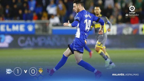 Burgui aportó velocidad y profundidad en el ataque local. Fuente: deportivoalaves.com