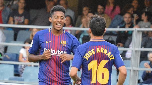 Choco Lozano celebrando uno de sus goles junto José Arnáiz   Fuente: FC Barcelona
