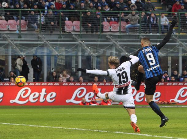 Icardi antes de anotar el primer gol   Foto: Inter