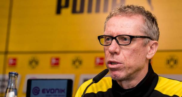 Peter Stöger, técnico do Borussia Dortmund (Foto: Divulgação/BVB)