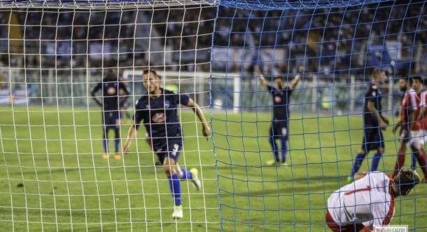 Simone Ganz esulta dopo il gol del 3-3 (Fonte foto: Pescara Calcio)
