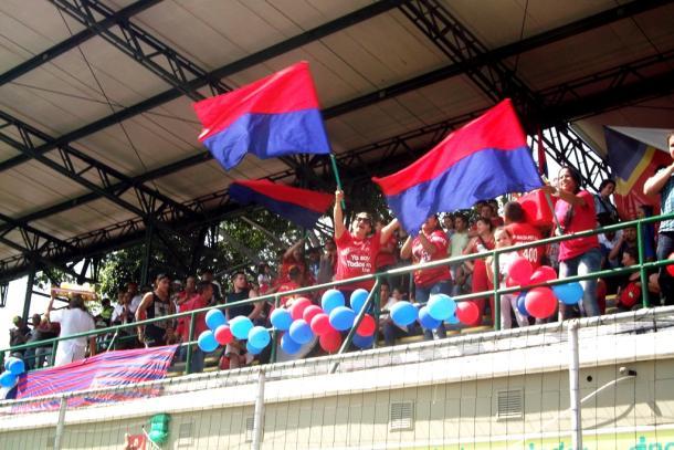 El apoyo de los hinchas fue la base del triunfo ´poderoso´. | Foto: Marcela Ruiz VAVEL