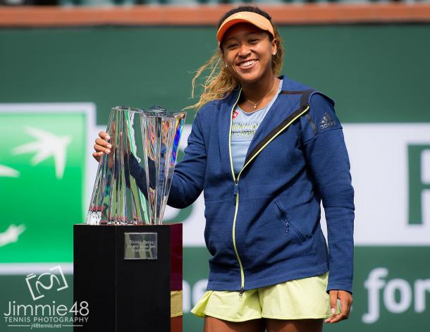 Osaka posing with her Indian Wells title (Jimmie48 Photography)