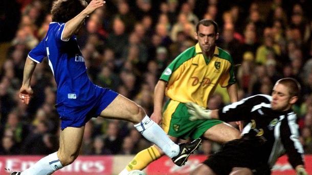 En 2002 Chelsea necesitó de un replay para avanzar | Foto: Norwich City.
