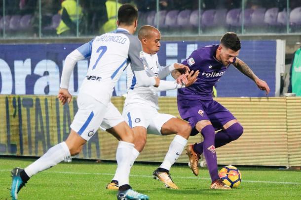 Cancelo y Mario atacando a Biraghi | Twitter: Fiorentina