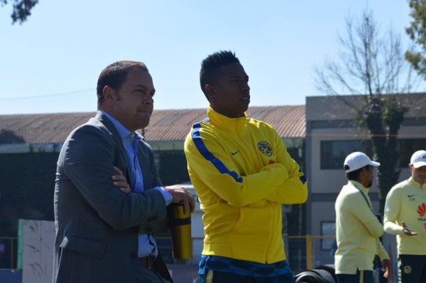 Santiago Baños y Andrés Ibargüen en Coapa |  Foto: Club América / Twitter
