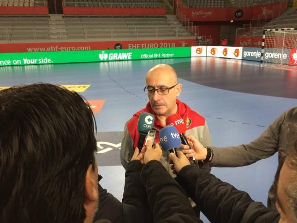 Jordi Ribera en una comparecencia ante los medios. Foto: RFEBM.