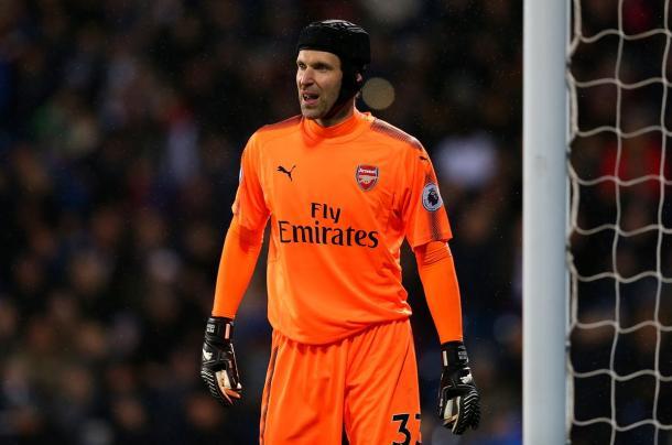 Cech en un lance del choque | @Arsenal