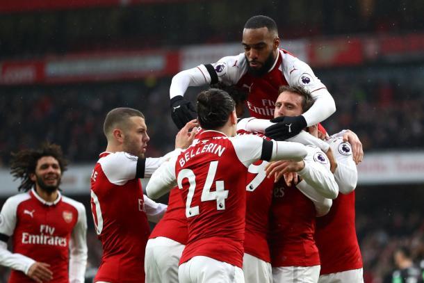 Los jugadores celebran uno de los tantos | @Arsenal