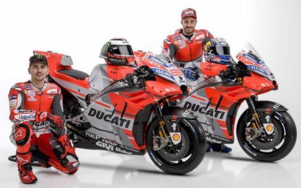 Lorenzo y Dovizioso en la presentación de la nueva Ducati / Foto: Ducati Motor