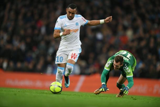 Payet deixa o goleiro para trás e marca um golaço (Foto: Divulgação/O. Marseille)