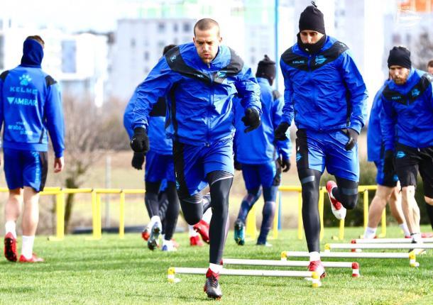 Los jugadores alavesistas se han entrenado con intensidad, a la espera de poder disputar el encuentro frente al Celta. Fuente: deportivoalaves.com