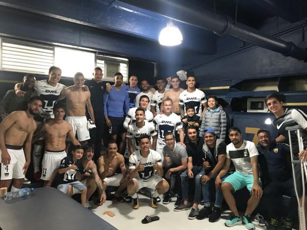 La foto después del encuentro (Foto: Club Universidad)
