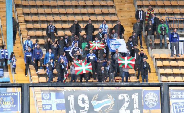 El equipo albiazul ha estado arropado por su afición, en el estadio de La Cerámica. Fuente: deportivoalaves.com