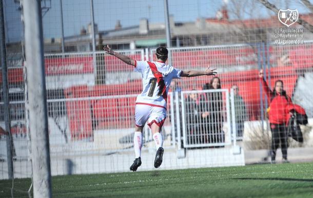 Natalia Pablos celebrando un gol | Fotografía: Rayo Femenino