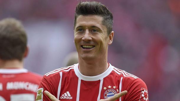 Lewandowski ha trascinato il Bayern alla vittoria con l'Amburgo con la sua tripletta. Foto: Twitter Bundesliga English