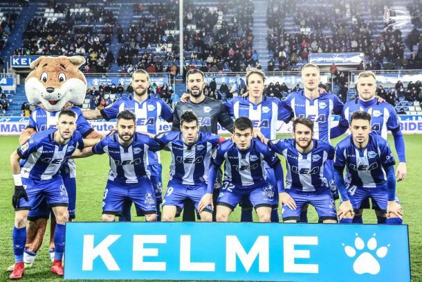 Equipo albiazul, que derrotó ayer al Levante. Fuente: deportivoalaves.com