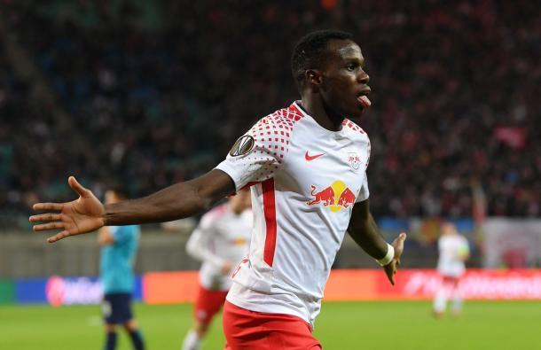 Bruma esulta dopo la rete dell'1-0 | TWITTER @EuropaLeague