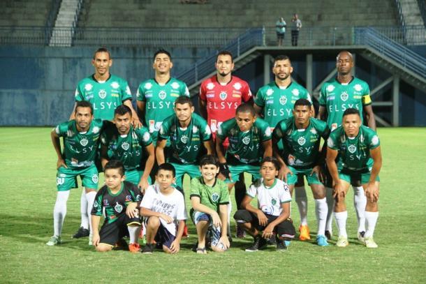 Gavião se garantiu na semifinal ao eliminar o Rio Branco-AC no Acre (Foto: Antônio Assis/FAF)