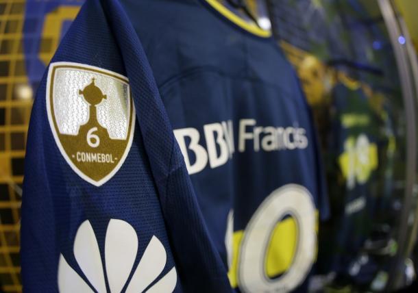 El parche de CONMEBOL indicando la cantidad de Libertadores de Boca   Foto: Boca Jrs.