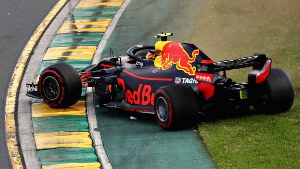 Max Vertsappen y su error en la primer curva del Albert Park | Foto: Red Bull Racing