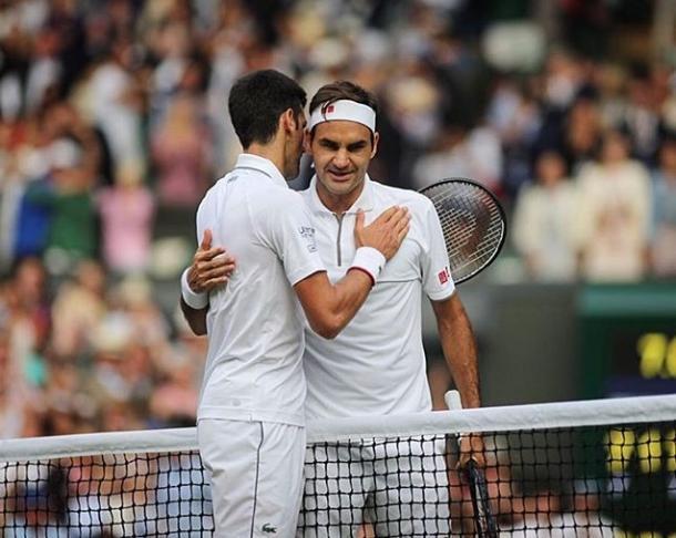 Abrazo de Leyendas. Imagen-Wimbledon
