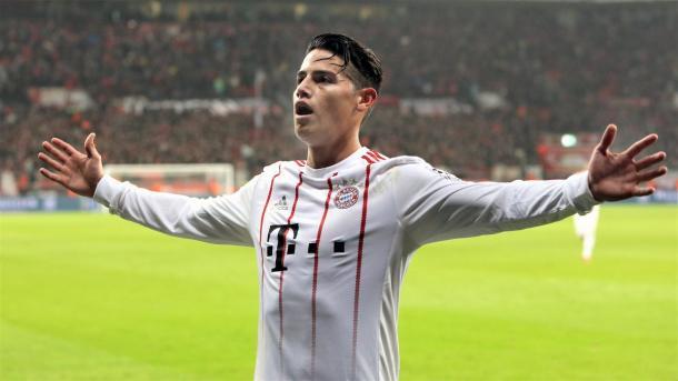 James Rodríguez anotó en el último juego entre ambas escuadras | Foto: @FCBayern