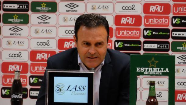 Salmerón en rueda de prensa. Foto: Real Murcia