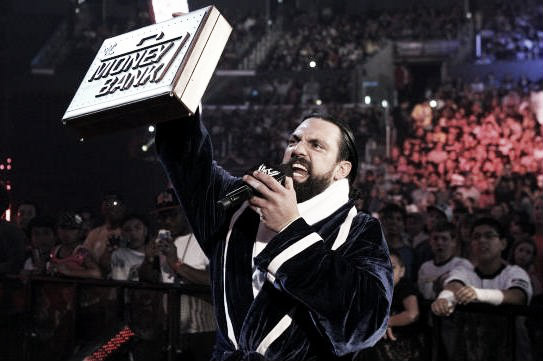 Damien Sandow with the money in the bank. | Photo: Bleacher Report