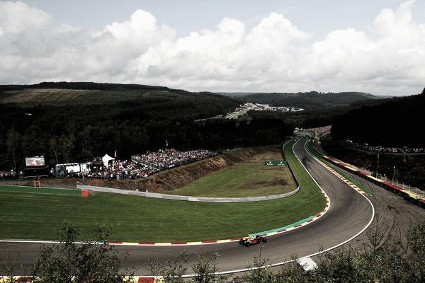 El de Red Bull trazando la curva 9 del circuito de Spa | Fuente: Getty