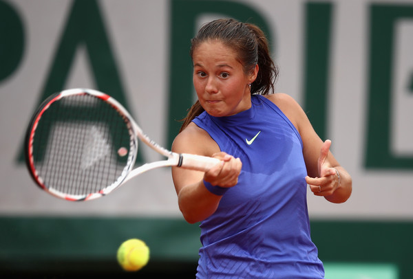 Daria Kasatkina hits a forehand | Photo: Julian Finney/Getty Images Europe