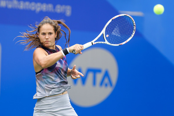 Daria Kasatkina hits a forehand | Photo: Yifan Ding/Getty Images AsiaPac